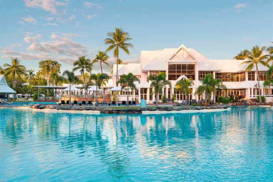 Top 10 Most Luxurious Hotels in Australia Near the Beach